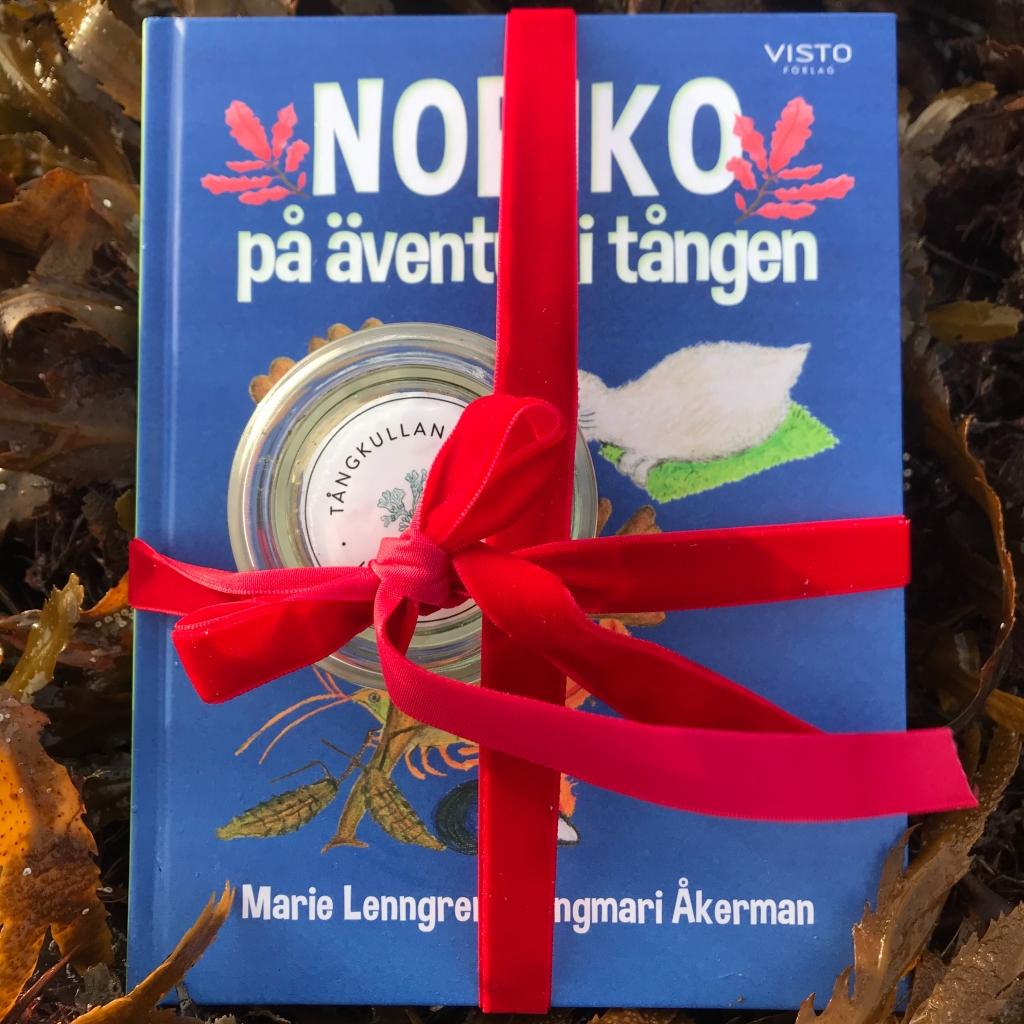 Julklappspaket: Noriko på äventyr i tången och Tångkullans Tångsalt